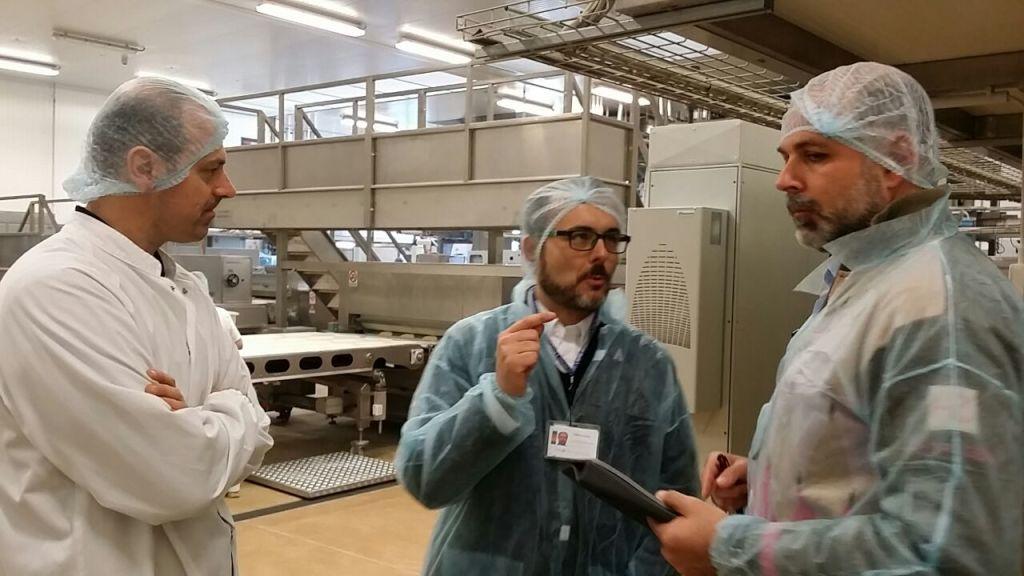 Fabrizio Chyrek ed il Team impegnati nella creazione del Company Visual Tour in una importante industria alimentare italiana.