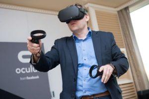 Oculus Quest visori vr per il Business e per i tuoi eventi aziendali noleggiovr.it Visualpro360