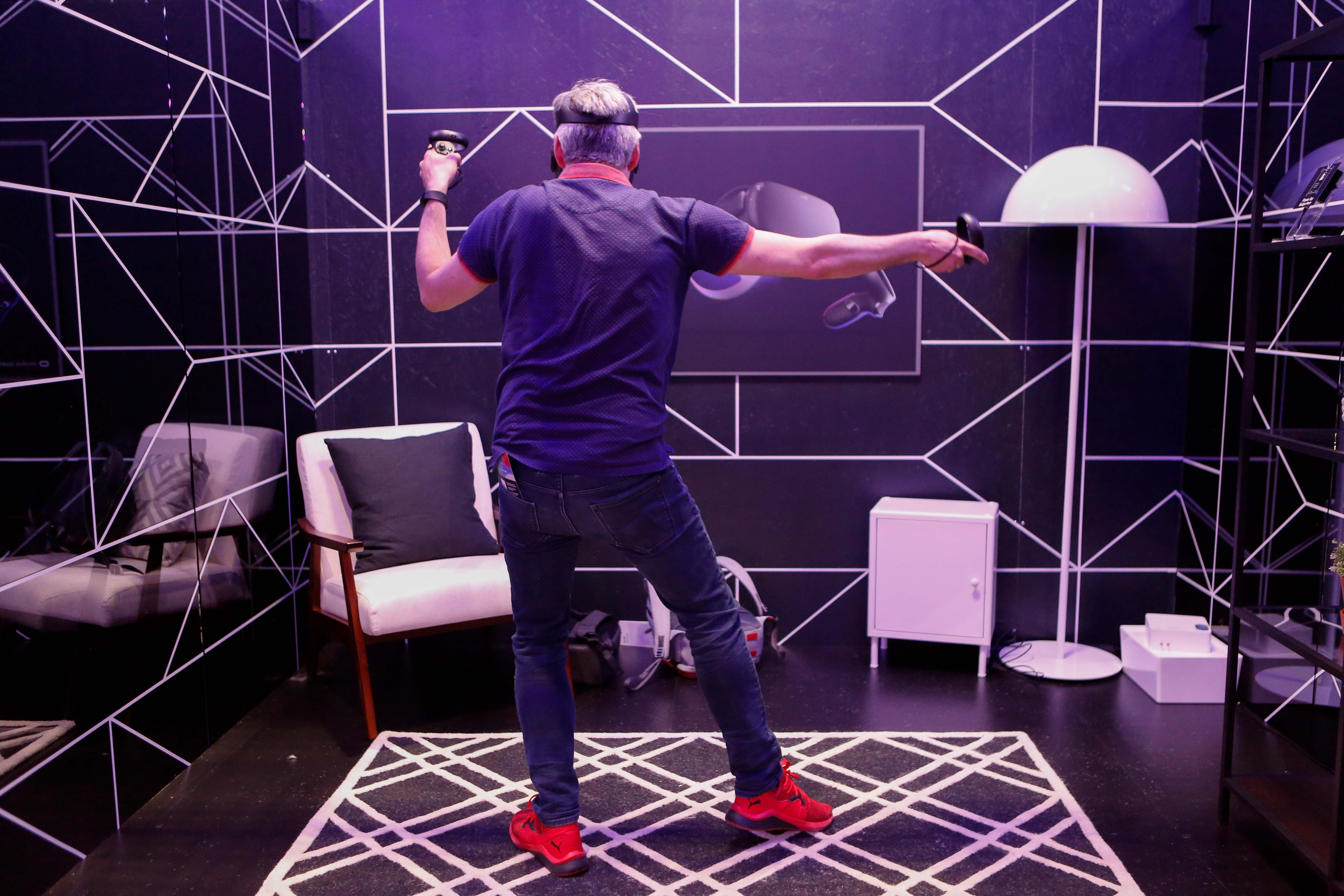 What does it feel like with a virtual reality experience?