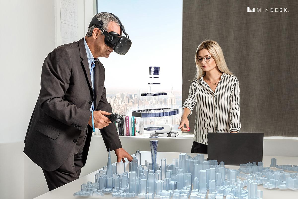 Revisione UN CLICK. COLLEGAMENTO IN DIRETTA BIDIREZIONALE Risparmia tempo prezioso. Dimentica la conversione e l'esportazione del modello 3D. REVISIONE CAD IMMERSIVA in realtà virtuale I disegni 2D causano molti malintesi. Mindesk ti consente di presentare e rivedere in modo efficace i tuoi progetti in realtà virtuale. I colleghi e i clienti possono comprendere meglio i tuoi progetti e dare la loro approvazione prima.